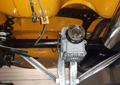 Klassieke auto restauratie Alfa onderkant
